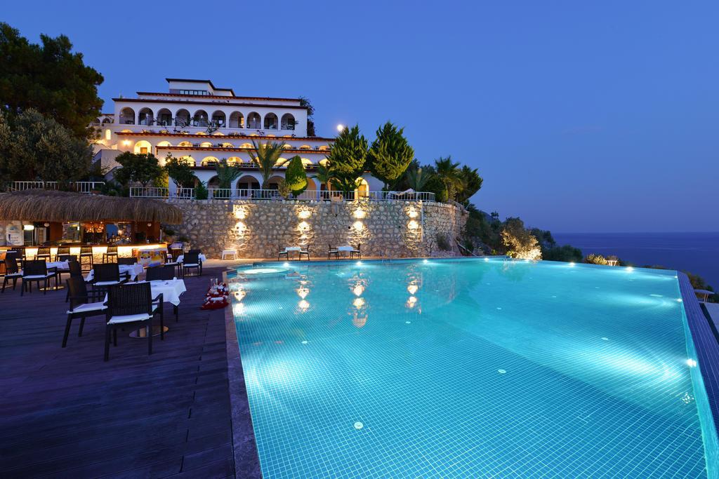 Kalkan'da sanatın dokunduğu bir otel; Kalamar Otel fotoğraf