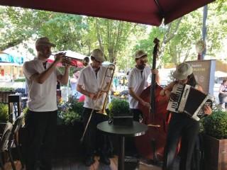 Kahve Dünyası Beyaz Köşk'te  müzik ziyafeti fotoğraf