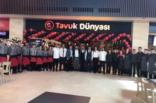 Tavuk Dünyası Adana'daki 5. restoranını açtı fotoğraf