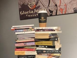 Gloria Jean's Coffees'in kitap buluşması devam ediyor fotoğraf